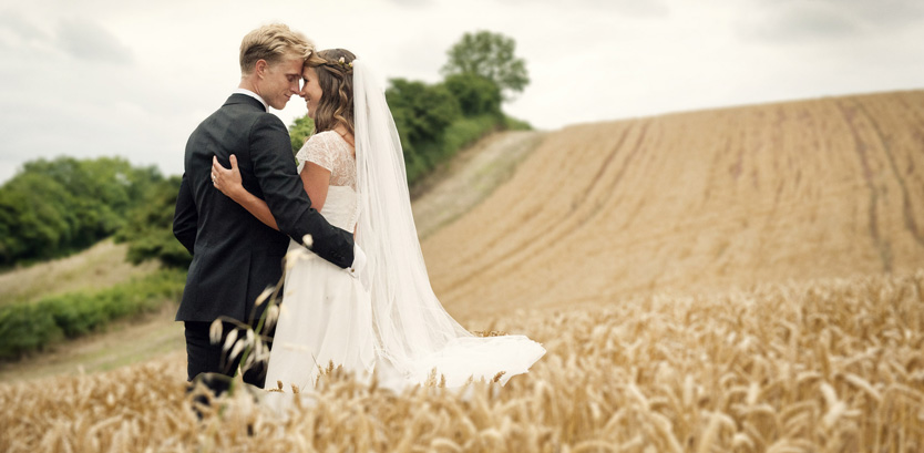 Romantic Wedding Photography in the Devon Countryside