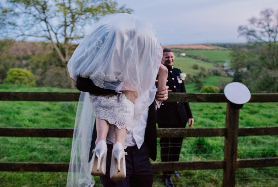 devon-wedding-photos