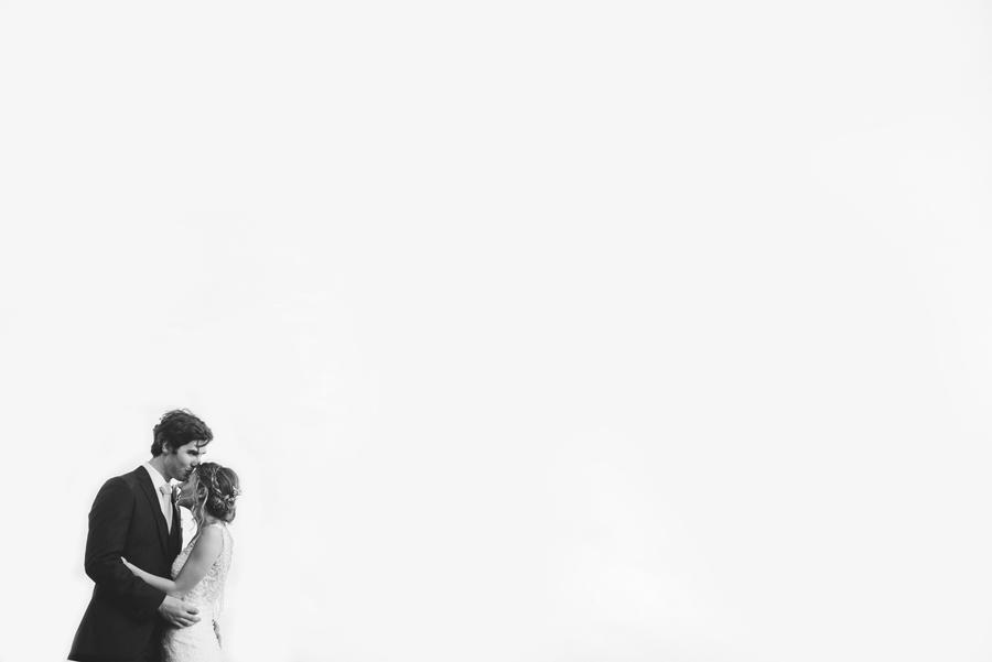artistic-wedding-photographer