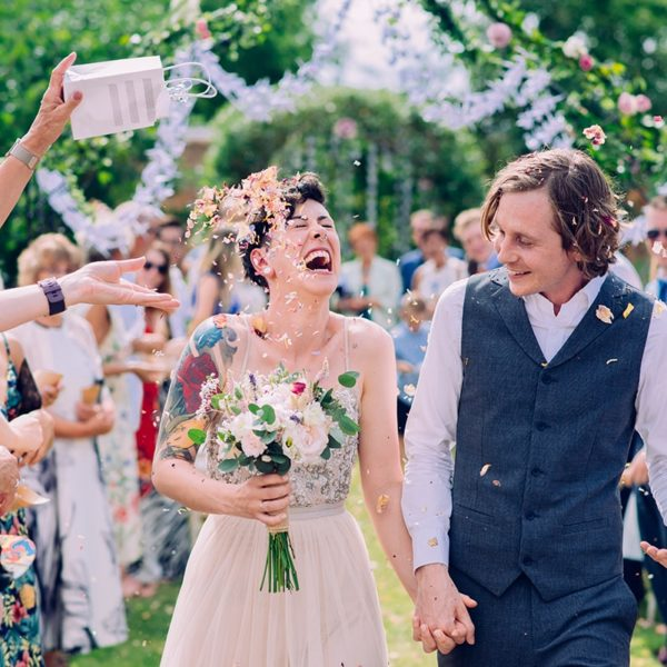 Outdoor Relaxed Wedding Photography in Somerset