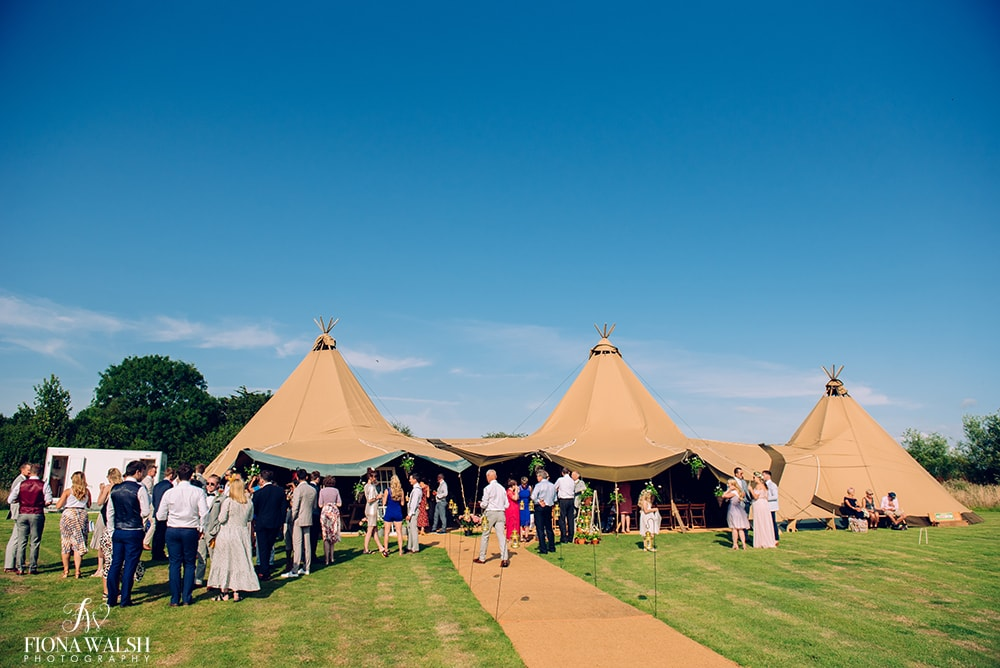 tipi-wedding-photos